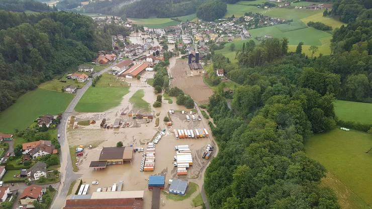 Uerkheim am Abend nach der Überschwemmung vom 8. Juli 2017.