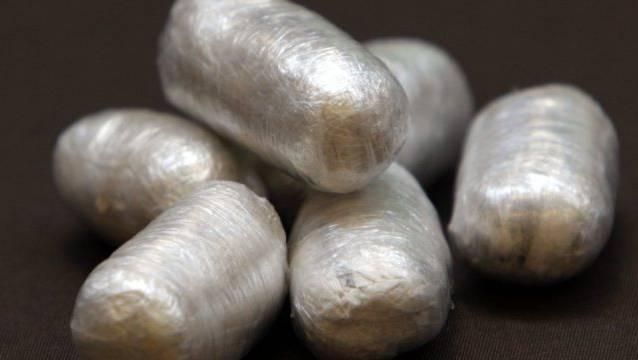 Die Angeklagten transportierten 3.7 Kilogramm Kokain in die Schweiz, verpackt in Fingerlinge. (Symbolbild)