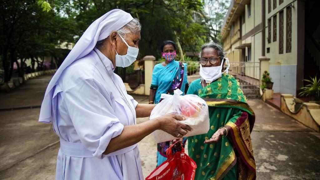 Indische St. Anna-Schwestern kämpfen tagtäglich gegen Corona