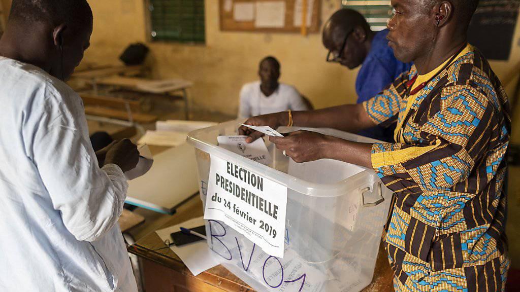 Stimmenabgabe in Senegal: Am Sonntag entschieden die Bürger des afrikanischen Landes über die Vergabe des Präsidentenpostens.