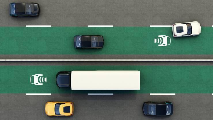 Eigene Fahrspur für Elektrofahrzeuge: Die Vision könnte schon bald Realität werden.