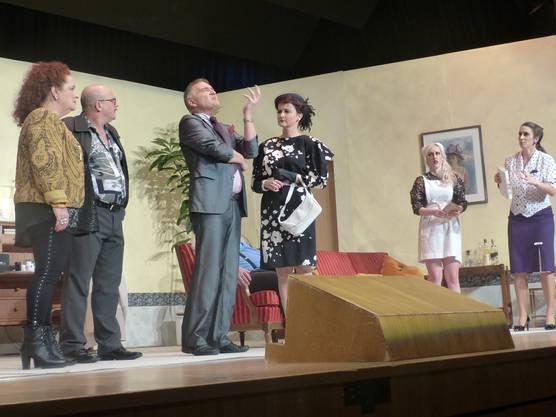Premiere der Komödie «Schlüssel für zwei» mit dem Theaterverein Stein.