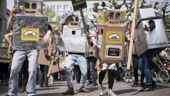 Demo für Grundeinkommen in Zürich