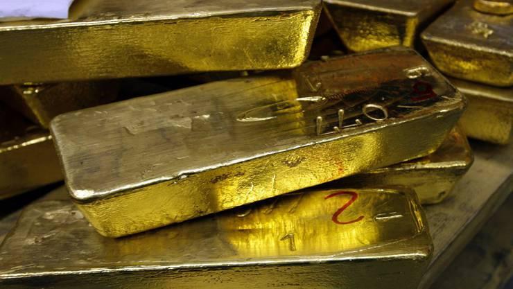 Die von den Tätern gefälschten Goldbarren waren wegen ihres Gewichts einfach als Fälschungen zu erkennen. (Symbolbild)