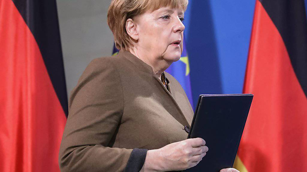 Die Union aus CDU und CSU der deutschen Kanzlerin Angela Merkel liegt laut dem wöchentlich erhobenen Sonntagstrend bei den deutschen Wählern auf dem höchsten Stand seit einem Jahr. (Archivbild)