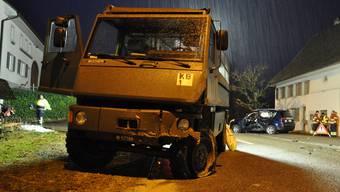 Eiken: Armee-Duro kracht in korrektfahrenden Peugeot