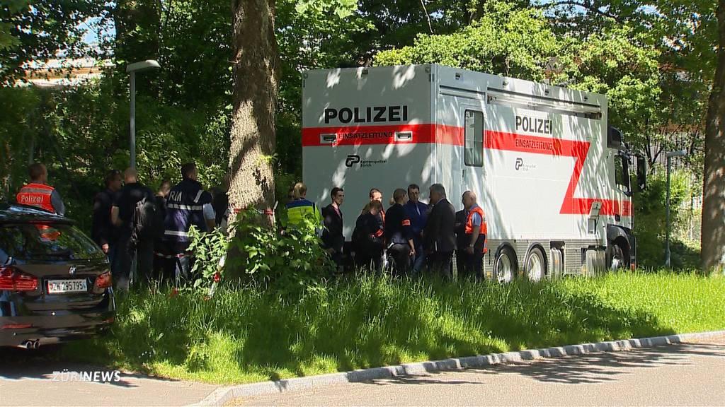 Geiseldrama: Wieso stürmte die Polizei die Wohnung nicht?