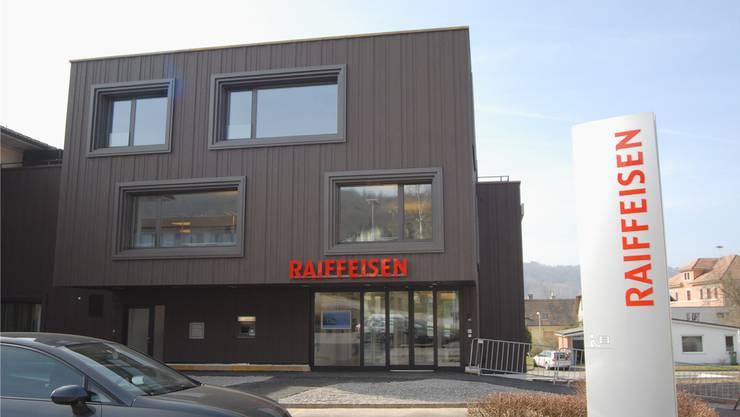 Die regionale Verankerung – im Bild die Filiale in Nussbaumen – sei der grosse Trumpf der Raiffeisenbanken.Walter Schwager/Archiv