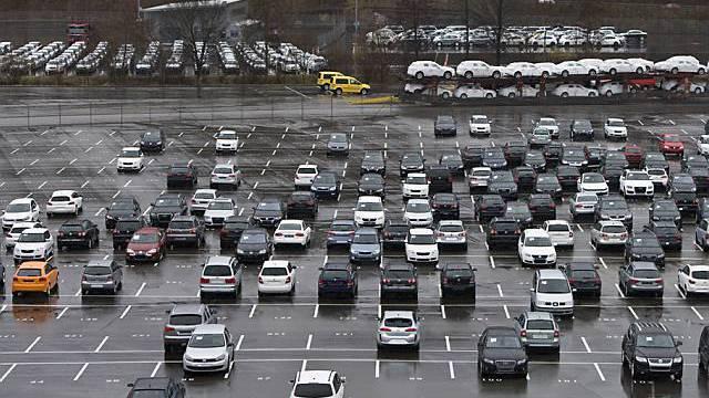 Studie sagt weniger Auto-Verkäufe voraus (Symbolbild)