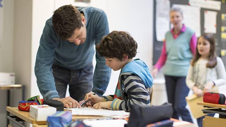 Zunehmender Druck: Der Schweizer Lehrerverband hat seinen Mitgliedern empfohlen, eine Rechtsschutzversicherung abzuschliessen. (Symbolbild)
