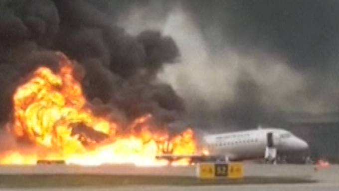 Flugzeugbrand in Moskau