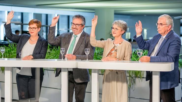 Sind sich die Kandidierenden wirklich alle immer einig wie auf diesem Bild? Ausgestrahlt wird  «Talk Täglich spezial» mit den Aargauer Ständerats-Kandidierenden am 1. Oktober 2019 auf «Tele M1».