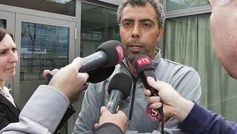 Servette-Trainer Joao Carlos Pereira steht Rede und Antwort.