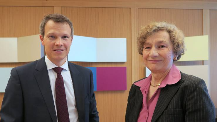 Etwa 80 Interessierte kamen am Sonntag ins Dietiker AGZ, um das Gespräch vonSimon Hofmann mit «Sternstunden»-Redaktorin Irene Gysel zu verfolgen.