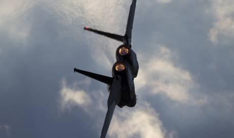 Medien: US-Kampfjet vor japanischer Insel Okinawa ...