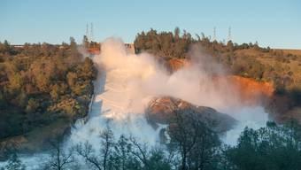 Kopie von Drohende Flutkatastrophe am Oroville-Staudamm