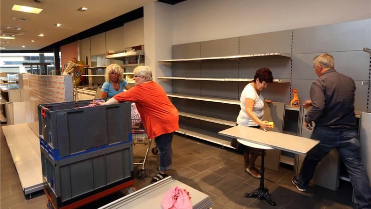 Diese Woche wurde das neue Ladenlokal an der Aarauerstrasse 55 (beim Bifang) vom Team der Caritas eingerichtet; ab morgen Freitag, 10 Uhr, ist der neue Caritas-Markt Olten offen.