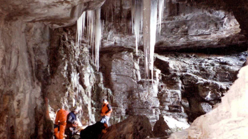 Das Hölloch im schwyzerischen Muotathal gilt als eines der grössten Höhlensysteme der Welt. Immer wieder werden Höhlenbesucher eingeschlossen. (Archivbild)