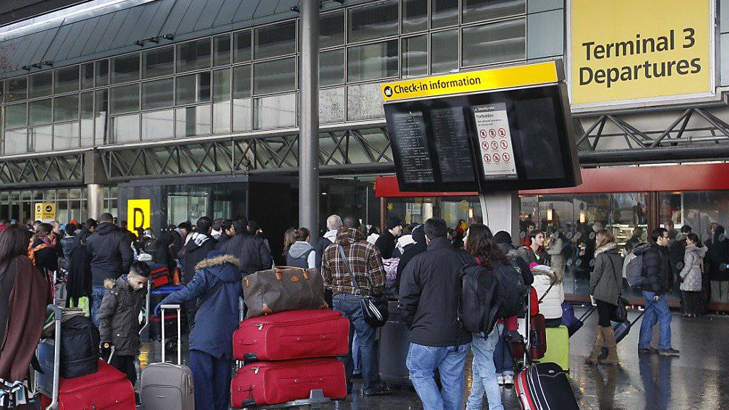Eingangsbereich des Londoner Flughafens Heathrow (Archiv)