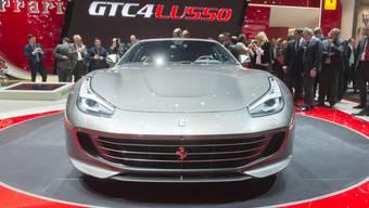 Am Automobilsalon in Genf stellte der italienische Luxusautohersteller im März den neuen Ferrari GTC4 Lusso vor. (Archiv)