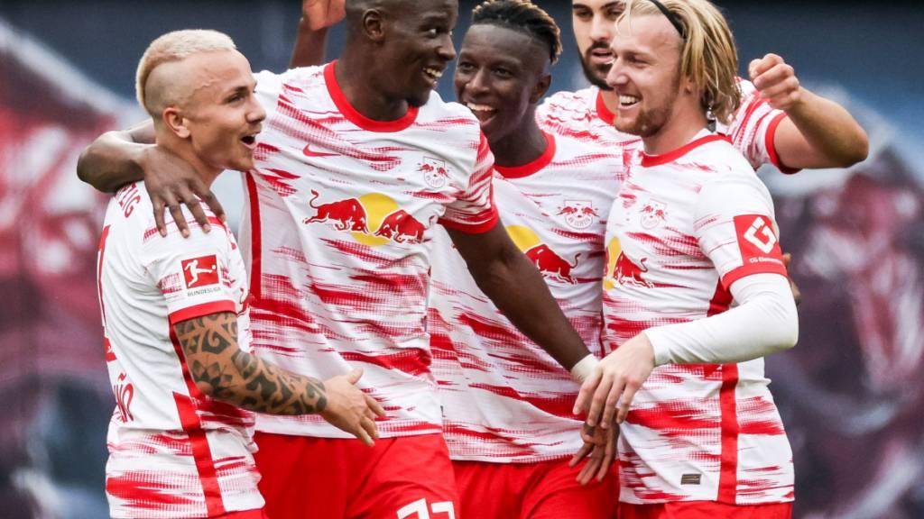 Zakaria schiesst Gladbach zum Sieg gegen Dortmund
