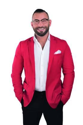 Safak (32) aus Hamburg ist Geschäftsführer eines Kosmetikstudios für Männer.