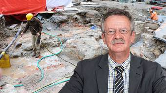 Martin Killias sorgt sich um das historische Kulturgut im Kurplatz, wo zurzeit Leitungsarbeiten im Gang sind.