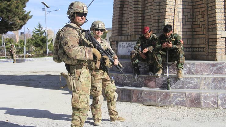 Die meisten toten Zivilisten gehen auf das Konto von internationalen Streitkräften der Nato, USA, Deutschland und Grossbritannien.