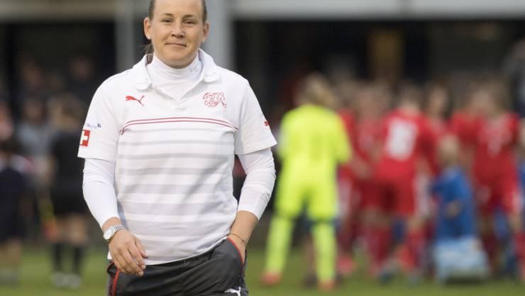 Die Schweizer U19-Nationaltrainerin Nora Häuptle hofft an der Heim-EM auf den Coup